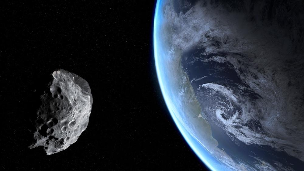 NASA diz que asteroide FT3 passará